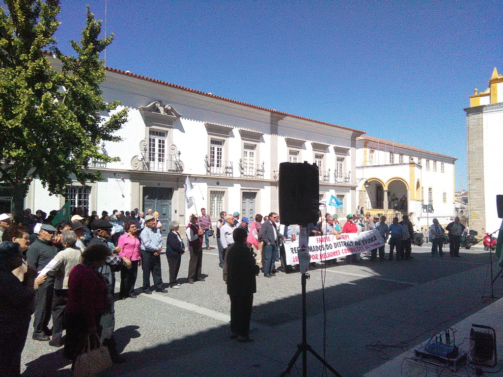 Concentração Reformados em Évora.
